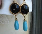 Art Deco Vintage Black Onyx and Aqua Turquoise Glass Pendants Gold Clip Earrings