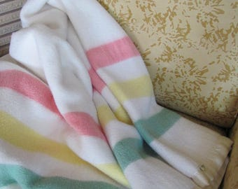 Vintage 60's Pastel Striped Full Size Camp Blanket - Esmond - 60's Full Cabin Blanket - 60's Bedding - Cottage Blanket - Throw Blanket