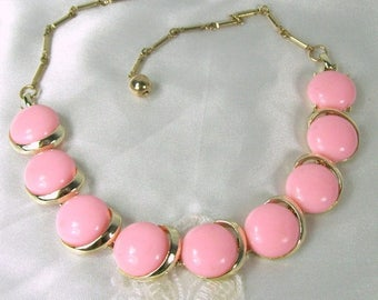 ON SALE Vintage Necklace Light Pink Lucite Thermoset Round Gold Tone Cotton Candy