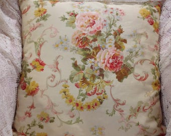 Romantic Ralph Lauren Pillow cover Lovely floral in vintage colors