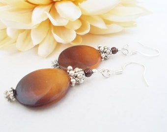 Mother of Pearl Earrings, Statement Earrings, Pearl Shell Earrings, Brown Gold Earrings, Clip On, Natural Ombre Earrings, Gift for Daughter