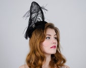 RESERVED / 30% OFF SALE / 1950s vintage hat / black feather cocktail hat / Robin of New York