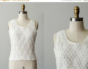 50% CLEARANCE SALE / vintage sleeveless sweater / white crochet sweater / medium