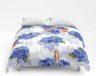 Comforter, Hydrangea Nosegay and Pine straw baskets, bedding  twin, full/queen and King sizes