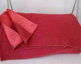 """Blanket Wool Blend Raspberry 2 1/2"""" Gathered Sateen Binding Vintage"""