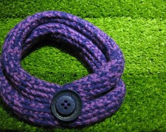 Twinset Purple neckwarmer and bracelet