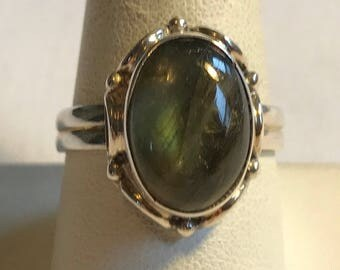 Sterling Silver Translucent Green Stone Ring-Size 9