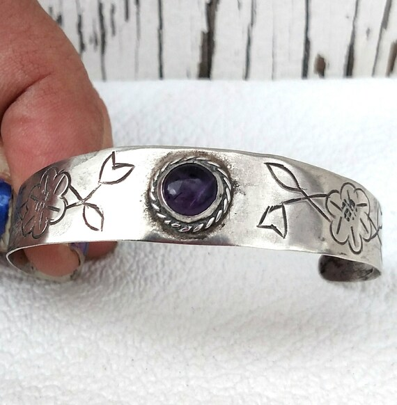 Vintage 1960's Mexican Silver Bracelet with Amethyst and Floral Designs