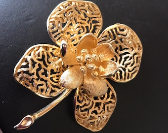 Vintage Signed Coro Bright Gold Floral Brooch
