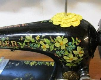 RUFFLED Spool Pin Doily (Golden Yellow)