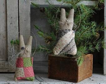 Primitive Easter Bunny Pockets, Primitive Antique Quilts