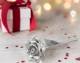 Girlfriend Gift Everlasting Rose - Single Metal Rose That Never Dies Like your Love, Lovely Gift Idea For Your Girlfriend