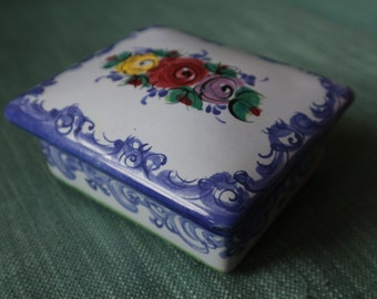 Portuguese ceramic trinket box / butter dish blue floral