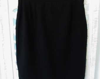 GEORGIO ARMANI Skirt Black Wool Authentic Italian Designer Women's Clothing Size 38 Small