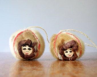 Vintage Alaska Yo-Yo Seal Skin Faces / Bola Native Toy
