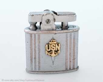 Working 1940s Wartime Ronson Automatic Pocket Lighter With U.S. Navy Coat Of Arms