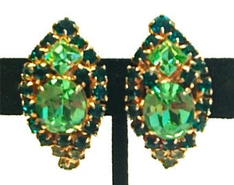 Vintage Gorgeous Green Rhinestone Earrings