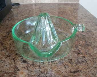 FREE USA Shipping-Vintage Green Depression Glass Reamer/Juicer with Stick Handle