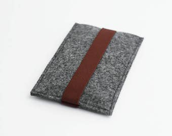 iPhone 7 Plus case, iPhone 7 Plus sleeve, gray with burgundy strap