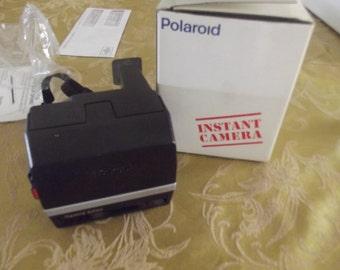 Vintage Poloroid 600 camera, NIP