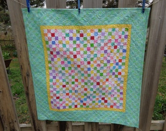 Baby Quilt, Baby Nines Quilt, Applique Quilt, Baby Girl Quilt, 0426-02