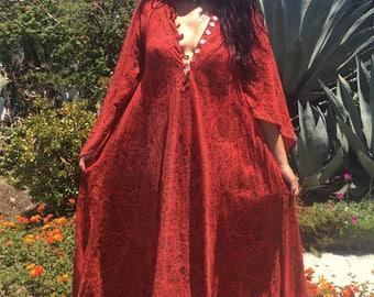 Vintage Indian Cotton Dress// 1970s Tapestry Dress//Bohemian Cotton Caftan// Handmade Indian Kaftan/Angel Sleeves