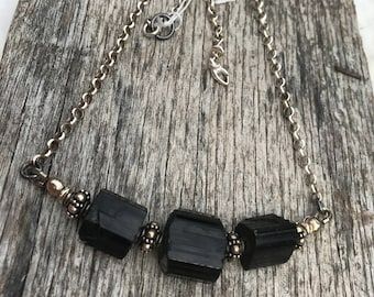 Raw Black Tourmaline Necklace - Diamond cut Rolo Chain - Sterling Silver - Urban Decay Style - Artisan Sundance Jewelry
