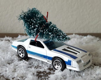 Vintage Collectible Hotwheels 1985 Chevy Camaro IROC-Z Bottlebrush tree Christmas Ornament