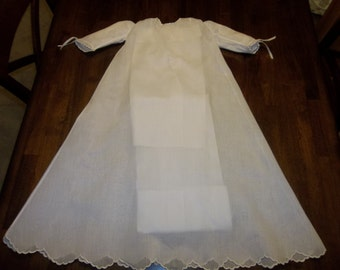 Magnificent Vintage MADEIRA Baby Baptism Gown... QUALITY...Perfect..Hand Embroidery