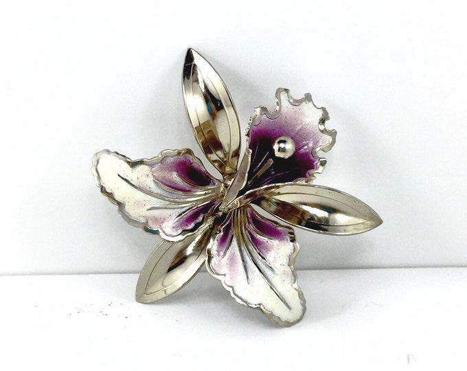 Sweet Large Vintage enamel purple orchid brooch. 1940s brooch flower. Purple lilly. Vintage purple flower brooch.