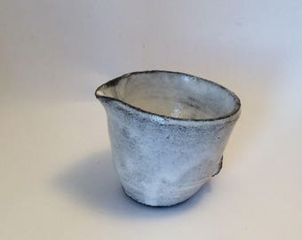 Milk jug / single serving - Cascade Collection