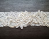 Ivory lace bridal garter - Embellished floral wedding garter