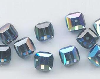Reserved 72 beautiful 10 mm Swarovski crystal cubes - art 5601 - 10 mm - montana AB
