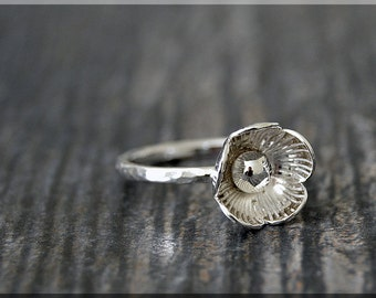 Poppy Ring, Sterling Silver Flower Ring, Botanical Jewelry, Stacking Ring, Poppy Jewelry, Spring Jewelry, Flower Ring, Statement Ring