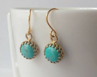 Gold and turquoise earrings - Brass and howlite stone - Boho earrings - Bridesmaids earrings - Bridal jewelry - Gift - Everyday jewelry