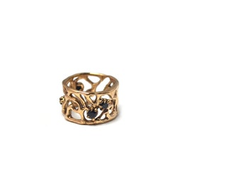 Ancient Bronze Swirl Statement Wide Band Ring with Black Cubic Zirconia Size 5.5 / Lace Inspired Jewelry / Je T'Aimee Jewelry