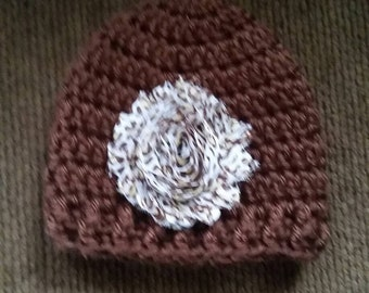 Stocking hat, newborn, brown, with removable hair clip