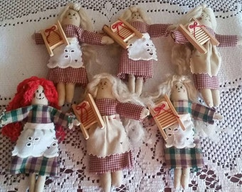 6 Small rustic decorative dolls, 5 1/4 inches tall