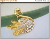Swan Brooch - Clear Rhinestones - Vintage Elegant 60s  Pin
