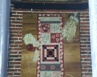 Valentine Table Runner Quilt Sewing Pattern  UC FF Uncut Quilting Love xoxo Hearts Stitchery