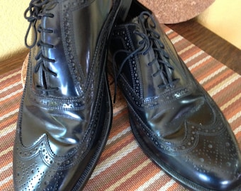 Florsheim Retro MadMen Style,  Black Leather Wingtip Men's Shoes