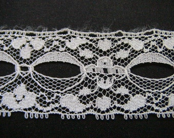 "6 Yds. of Raschel Lace Beading.  1"" wide.  Color is white"