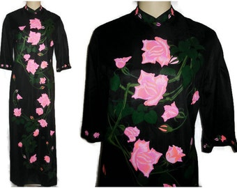 Vintage 1970s Long Dress Alfred Shaheen Dress Handprinted Pink Rose Pattern Black Caftan Maxi Dress Signed size M chest to 38 in