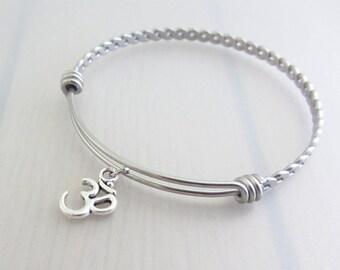 Om Charm Stainless Steel Bangle, Silver Om Charm Bracelet, Adjustable Twist Bangle, Yoga Charm Bangle, Stackable Bracelet, Yoga Gift
