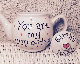 Personalised 2 cup teapot. Can be personalised with any message/name.