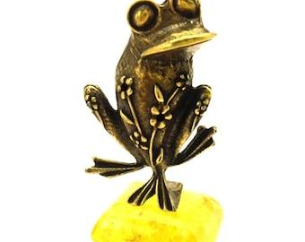 Amber  Lemon Pressed Stend Bronze Figurine Big Frog Souvenir & Gift Handmade