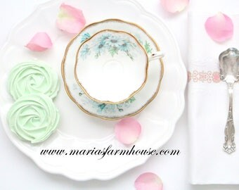 TEA CUP, Vintage, English Bone China Tea Cup & Saucer by Royal Albert, Marguerite Pattern, Avon Shape, Wide Mouth, Tea Party - ca. 1960s+
