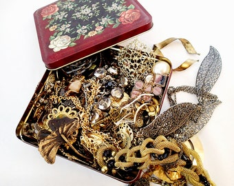 FREE Shipping Destash Steampunk Theme 2.5 pound Jewelry Lot Tin Vintage Broken Parts pieces metal Project charms Enamel Brooch Pins Set 1