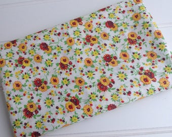 """One Yard of Vintage 36"""" Wide Floral Cotton Fabric"""