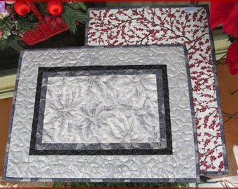 Quilted Christmas Placemats Gray Warm Wishes 653